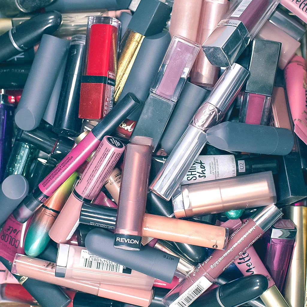 Lipstick Declutter